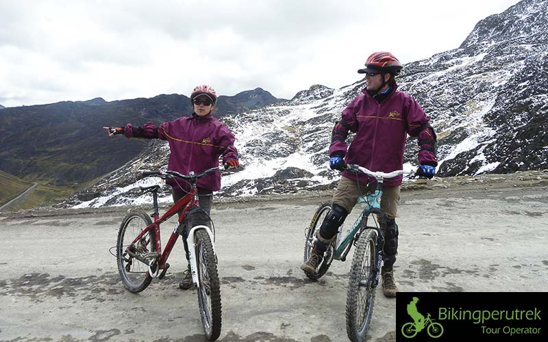 mountain bike machu picchu