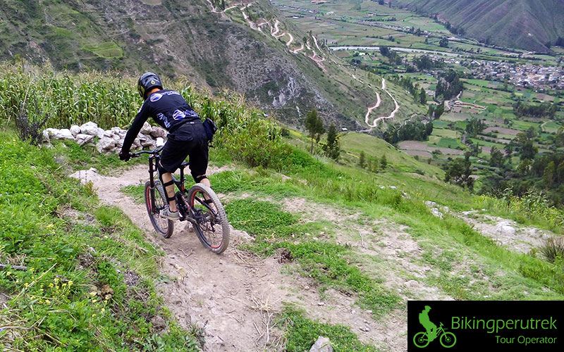 sacred-downhill-one-day-biking-cusco-peru