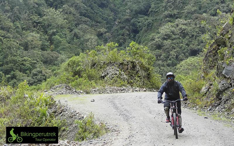 death road cusco peru
