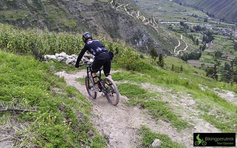 BLACK SACRED DOWNHILL CUSCO PERU