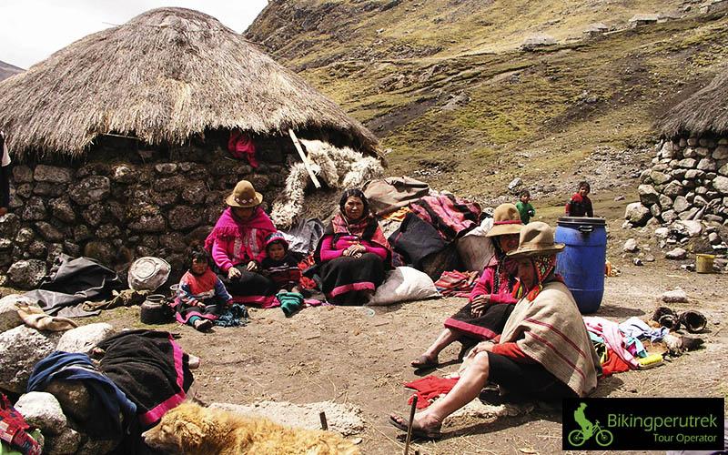 qeros trek cusco community