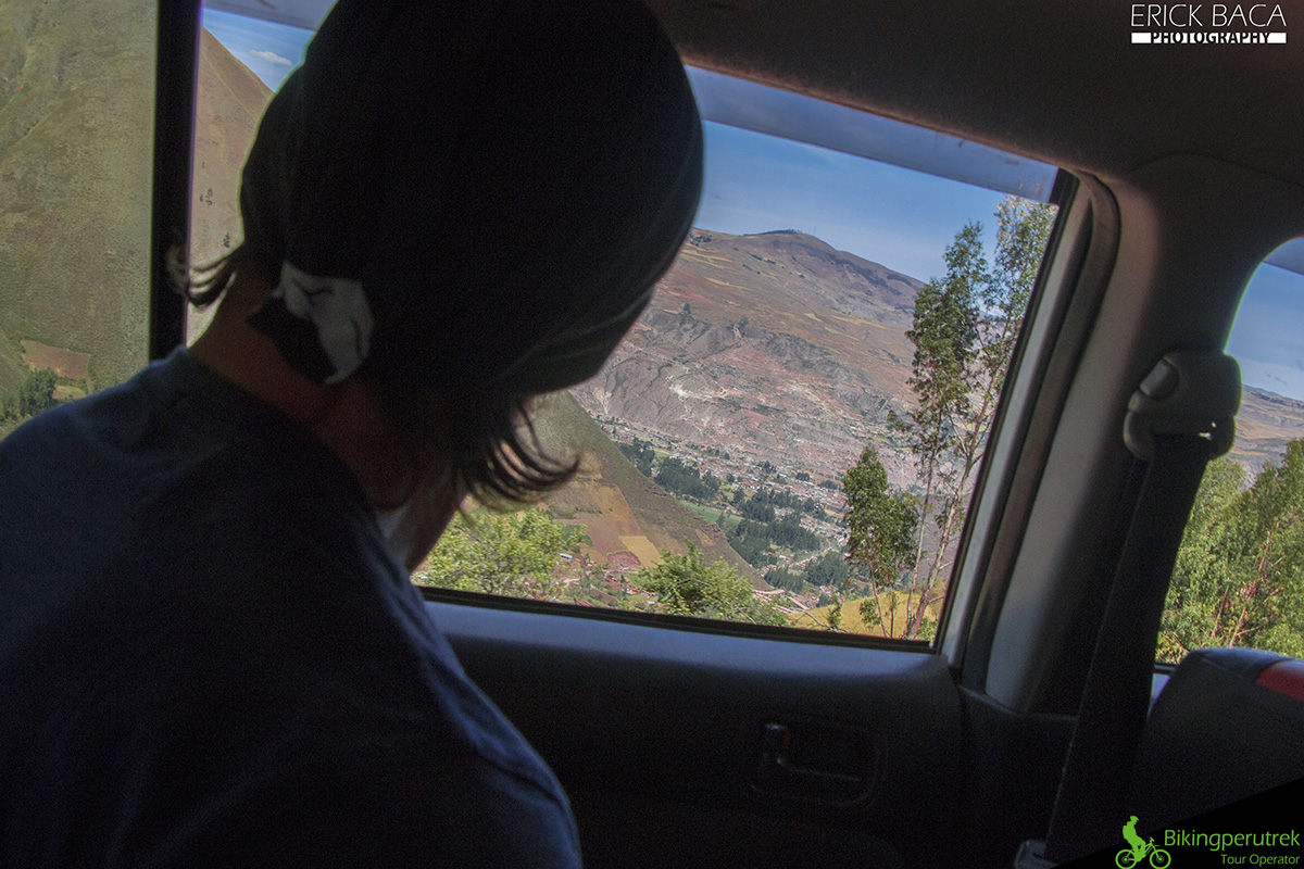View car sacred valley downhill tour