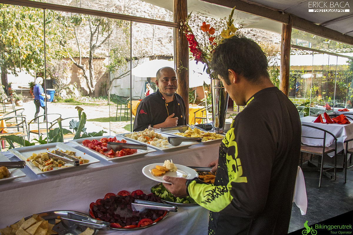buffet Sacred valley tour downhill tour