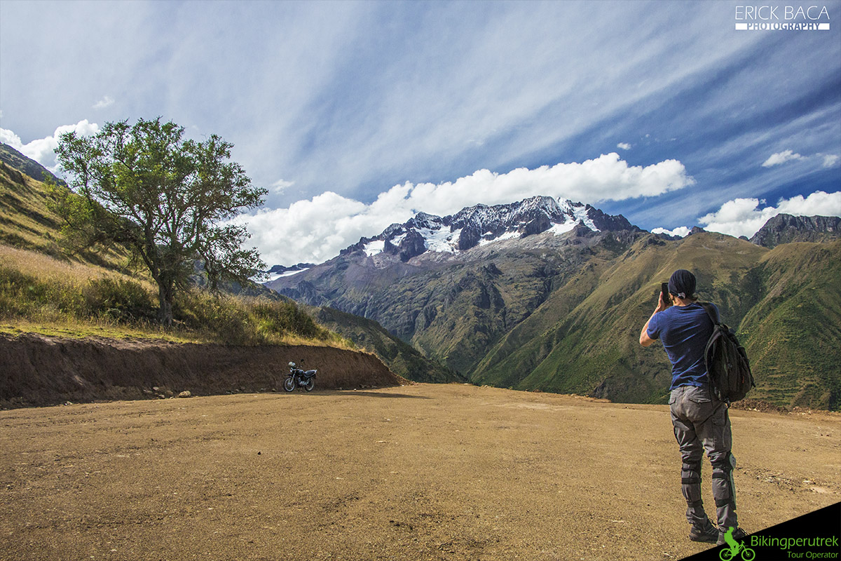 picture sacred valley mountain bike tour