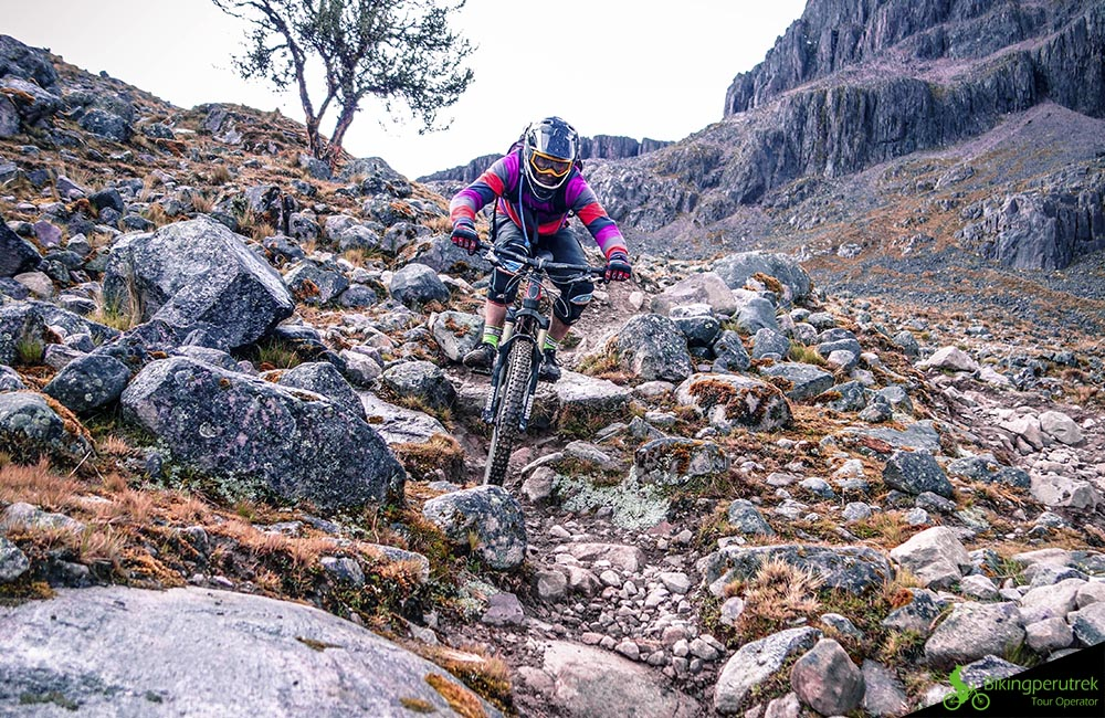 HARD MOUNTAIN BIKE PERU