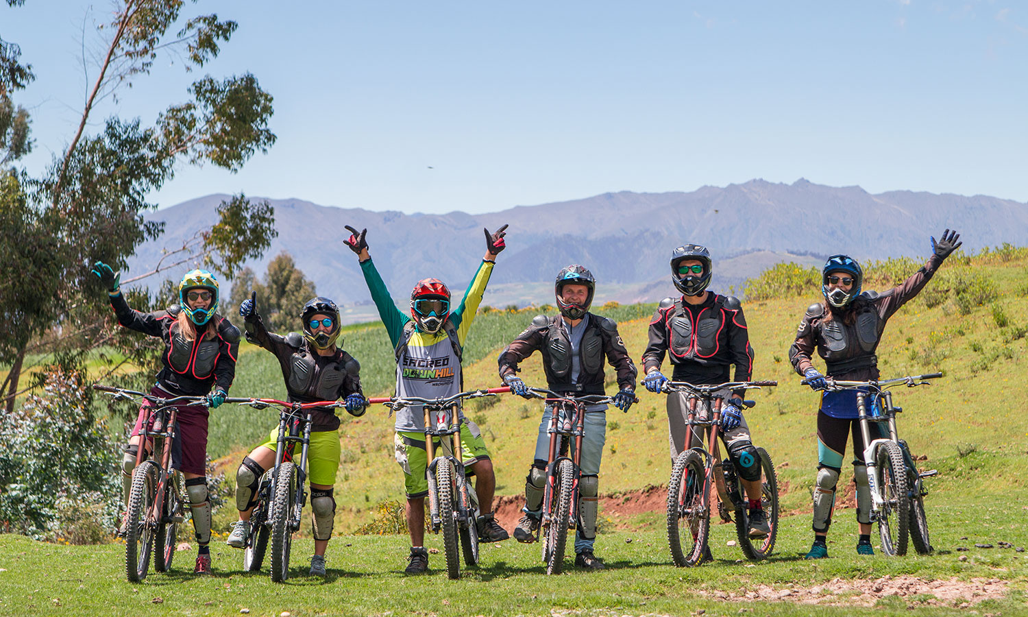 group-biking-tour-in-Cusco